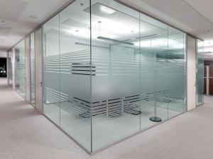 Frameless-Glass-Walls-2-1024x768